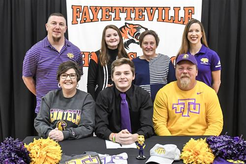 Seth Moyers signs with TN Tech