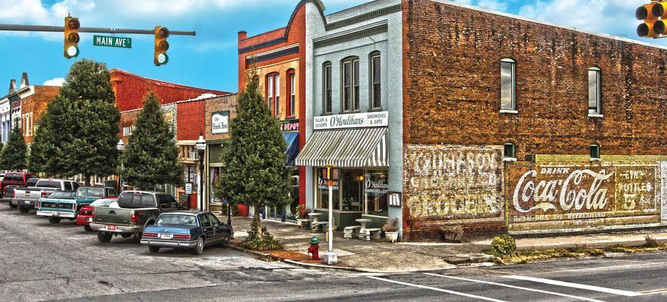 Community / About Fayetteville, TN