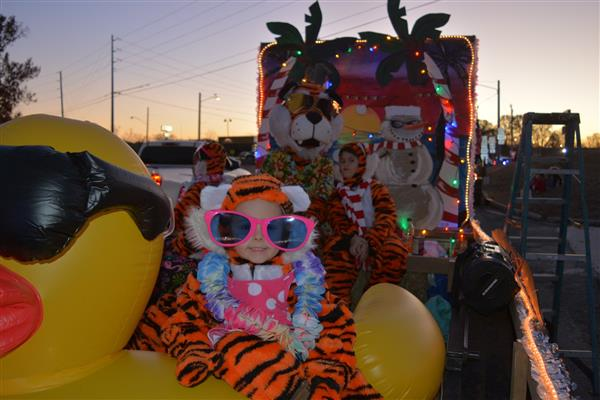 Victor E Tigers Float